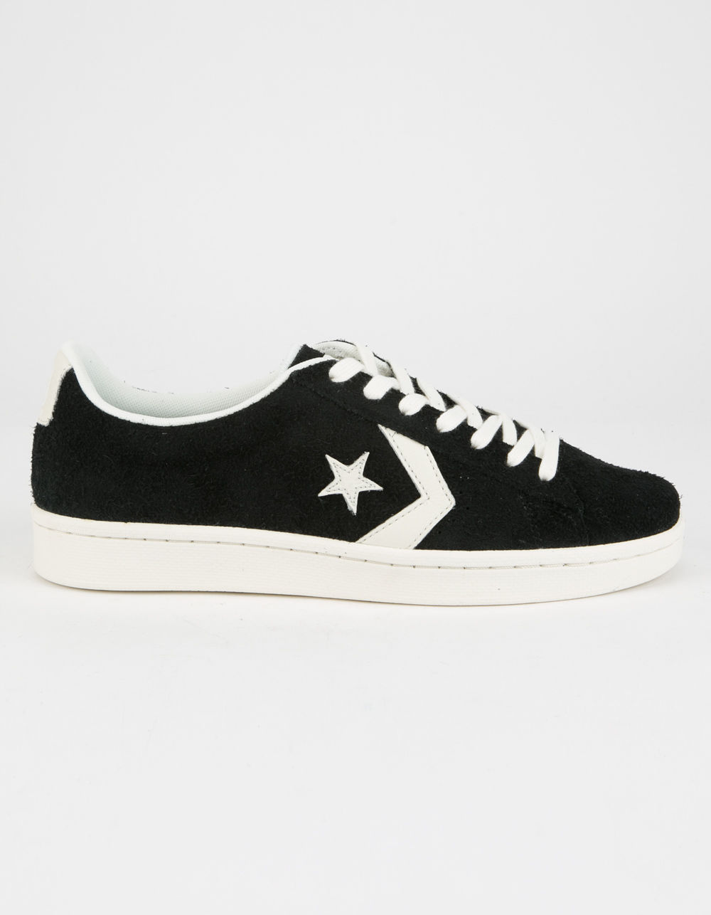 black converse shoes